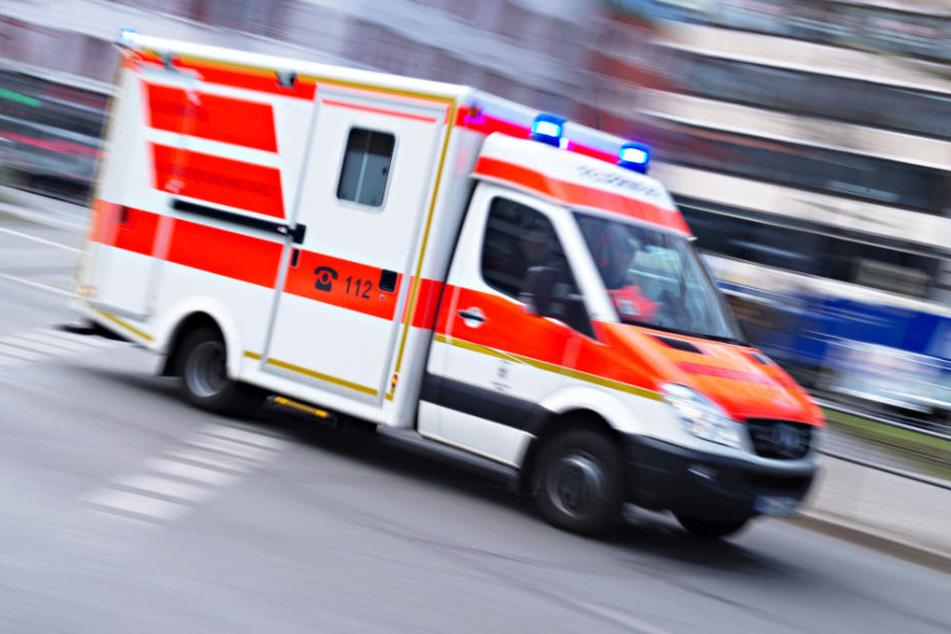 Die Wiederbelebungsversuche der Rettungskräfte blieben erfolglos. (Symbolbild)
