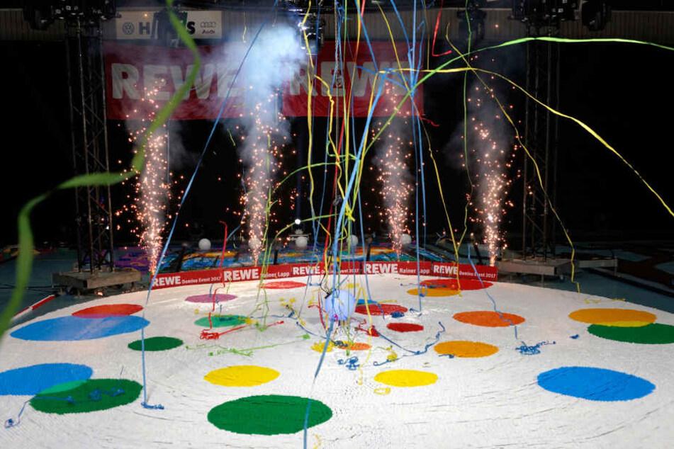 Bereits 2017 knackten die hessischen Dominofreunde zwei Weltrekorde.