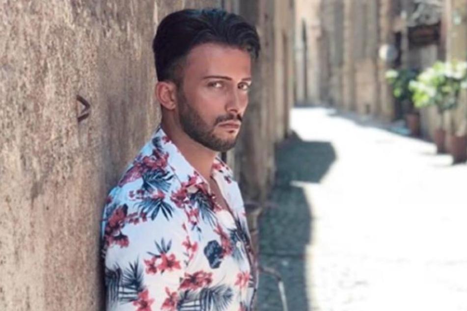 """Das jedenfalls behauptet sein ehemaliger """"Bachelor in Paradise""""-Mitbewohner Domenico De Cicco (35)."""