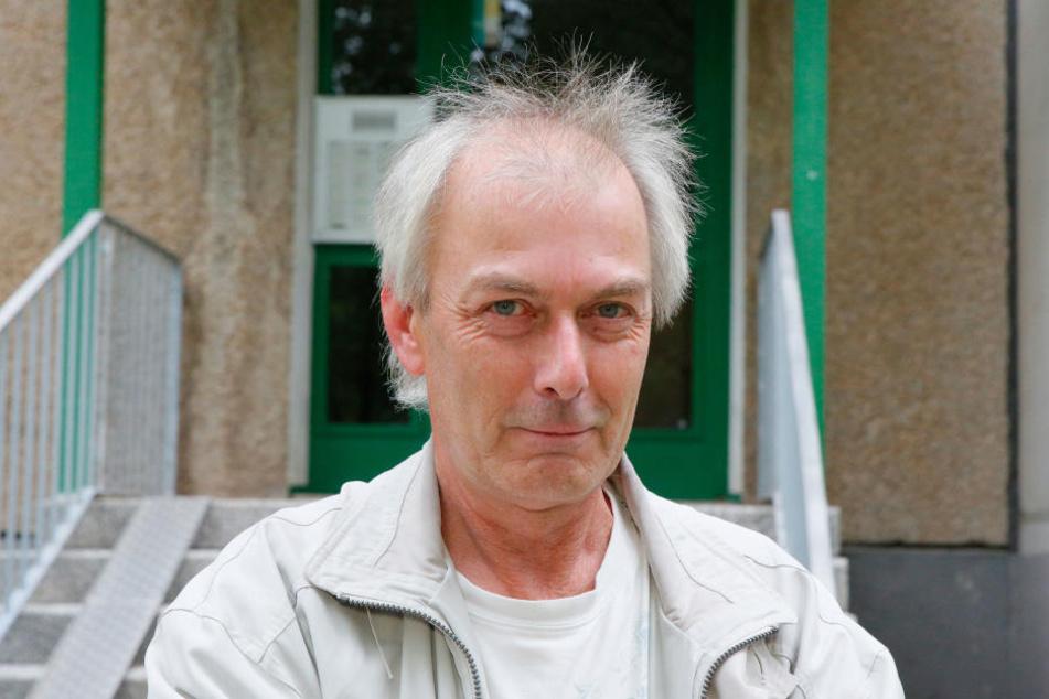 German Hacker (54) wohnhaft Am Hartwald 22. Bei ihm sickerte Wasser in die Küche ein.