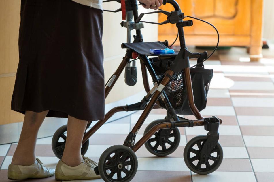 In Baden-Württemberg müssen Patienten viel selbst für ihr Pflegeheim bezahlen.