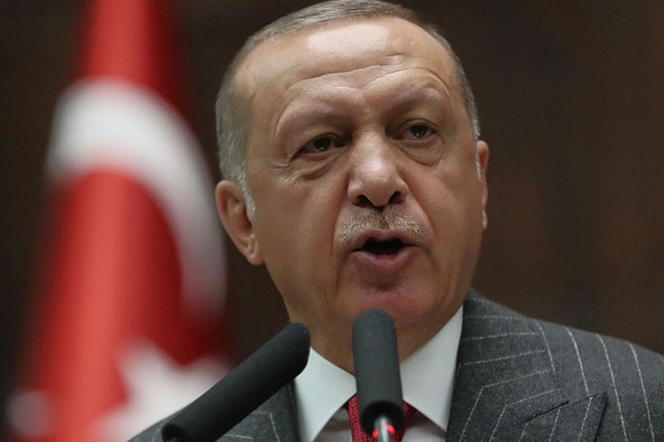Recep Tayyip Erdogan Präsident der Türkei kündigte eine Militäroffensive gegen kurdische Truppen in Nordsyrien