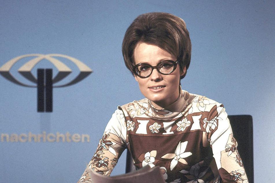 1971 wurde von Wibke Bruhns (80) die erste Nachrichtensendung im Fernsehen präsentiert.