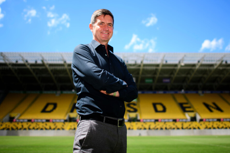 Dynamos Sportgeschäftsführer Ralf Becker will das Grundgerüst der Mannschaft bis zum Trainingsstart gebaut haben, lässt sich aber einiges bis Ende September offen.
