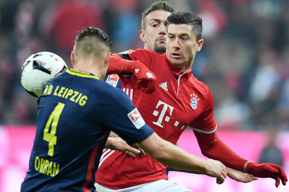 Am 16. Spieltag der Vorsaison ließen die Bayern RB Leipzig beim 3:0 keine Chance. Im Rückspiel gewann der FCB 5:4 nach 2:4-Rückstand.