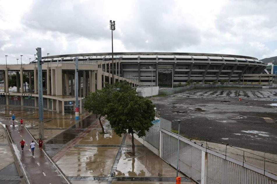 Weil man die Stromrechnungen nicht bezahlen konnte, bleibt es im Maracanã-Stadion vorerst dunkel.