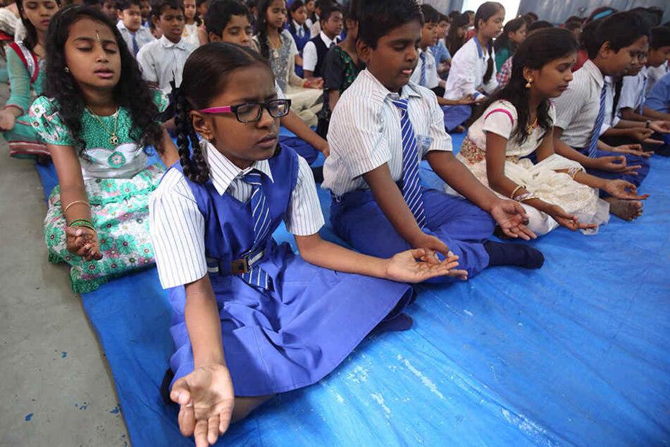 """In der indischen Hauptstadtregion Delhi hat der Unterricht im neuen Fach """"Glück"""" begonnen."""
