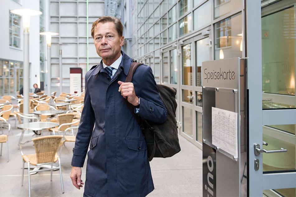 Der ehemalige Topmanager soll private und dienstliche Termine vermischt haben.
