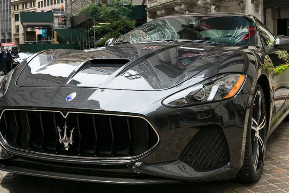 Dieb bricht in Mannheimer Autohaus ein und stiehlt die Reifen von vier Maserati. (Symbolbild)
