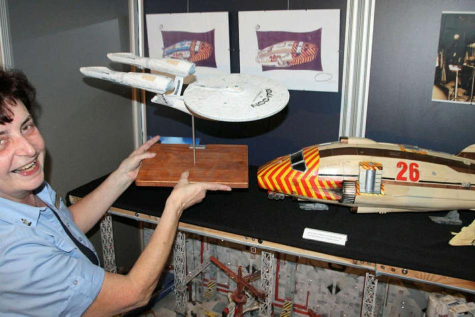 Aliens, Astronauten, Raumschiffe: Mehr als 100 Exponate zeigt die neue  Jahresausstellung um Raumfahrtmuseum.