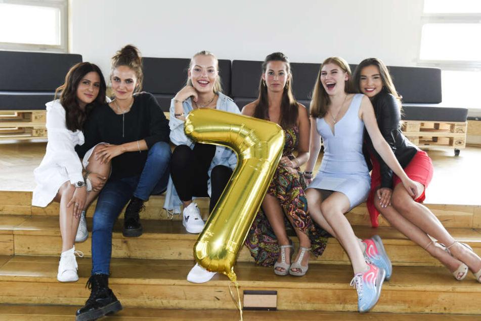 Ab Dienstag könnt ihr die sieben Mädels im TV sehen.