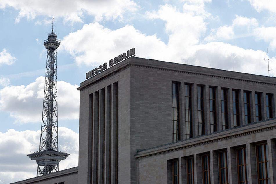 Immer mehr Ausstellungen finden in den Hallen am Fuße des Funkturms statt. Um international das Klientel mit Zufriedenheit bedienen zu können, muss eine Sanierung her.