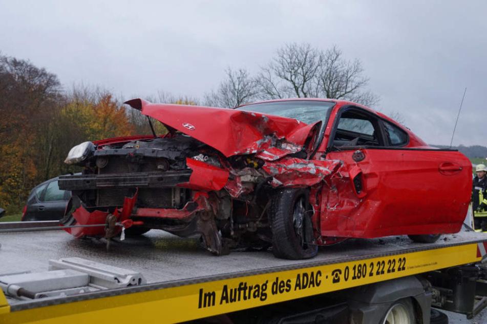 Der Fahrer dieses Hyundais hatte den Unfall ausgelöst.
