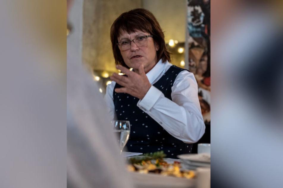 Die Eröffnung des E-Werks von VW in Mosel war für Oberbürgermeisterin Pia Findeiß (63, SPD) ein Meilenstein.