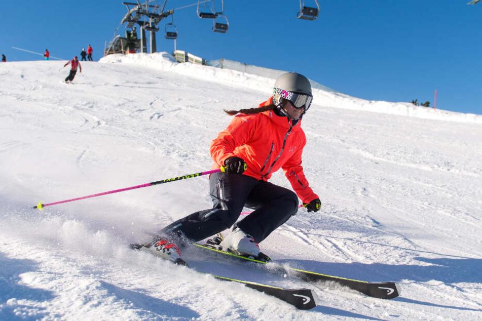 Aufgrund des Wintereinbruchs öffnen zahlreiche Skigebiete in diesem Jahr schon früher ihre Pforten. (Symbolbild)