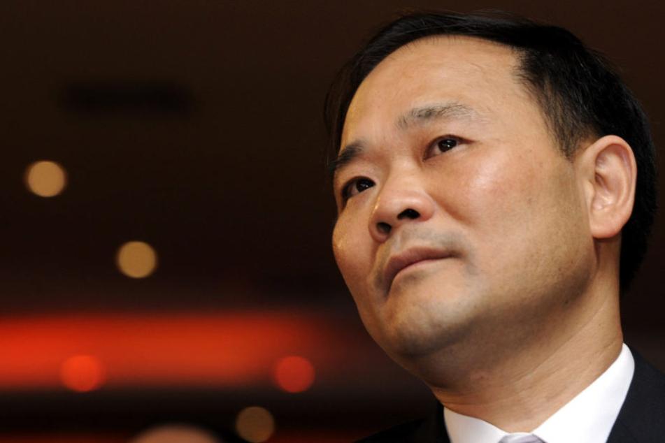 Chinesischem Milliardär gehören nun 9,7 Prozent von Daimler
