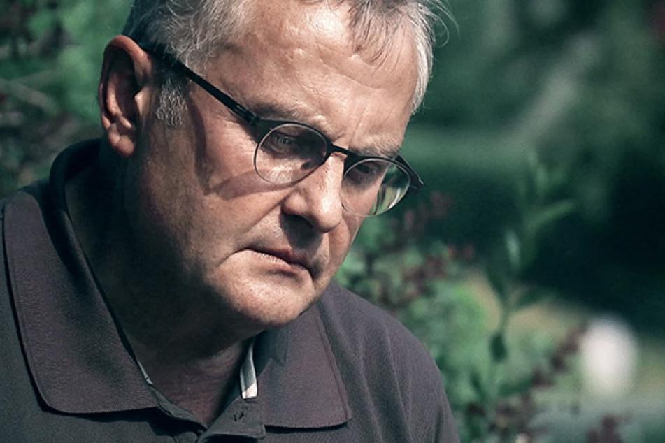 Uwe Riße (59) erläutert, wie er und die Familie mit dem Tod der geliebten Tochter Anneli (17) umgehen.