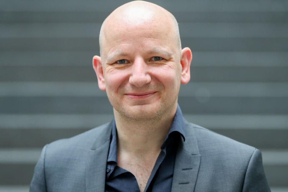 Oliver Decker, Rechtsextremismusforscher von der Uni Leipzig, sieht die Gesellschaft in der Verantwortung.