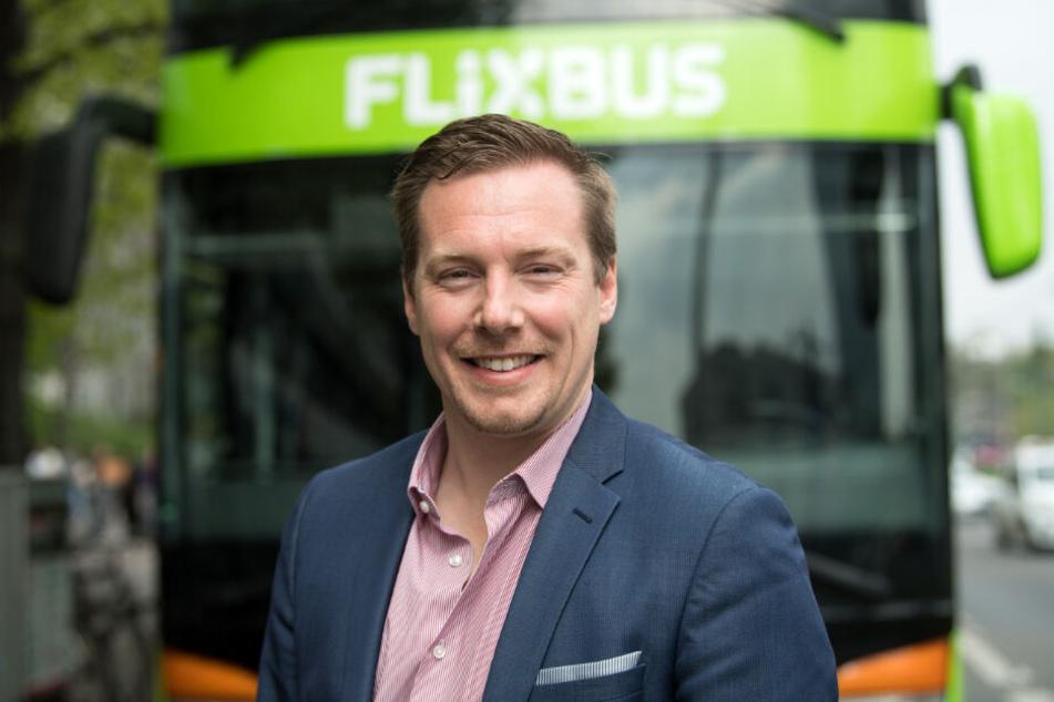 Flixbus-Gründer und Geschäftsführer André Schwämmlein kritisiert die Mehrwertsteuersenkung für die Bahn scharf.