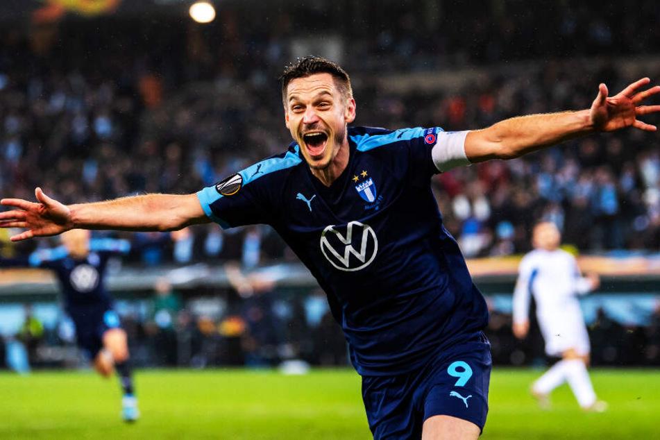 Der Jubel beim Ex-Bremer Markus Rosenberg kannte keine Grenzen mehr: In der sechsten Minute der Nachspielzeit erzielte er den 4:3-Siegtreffer für Malmö FF.