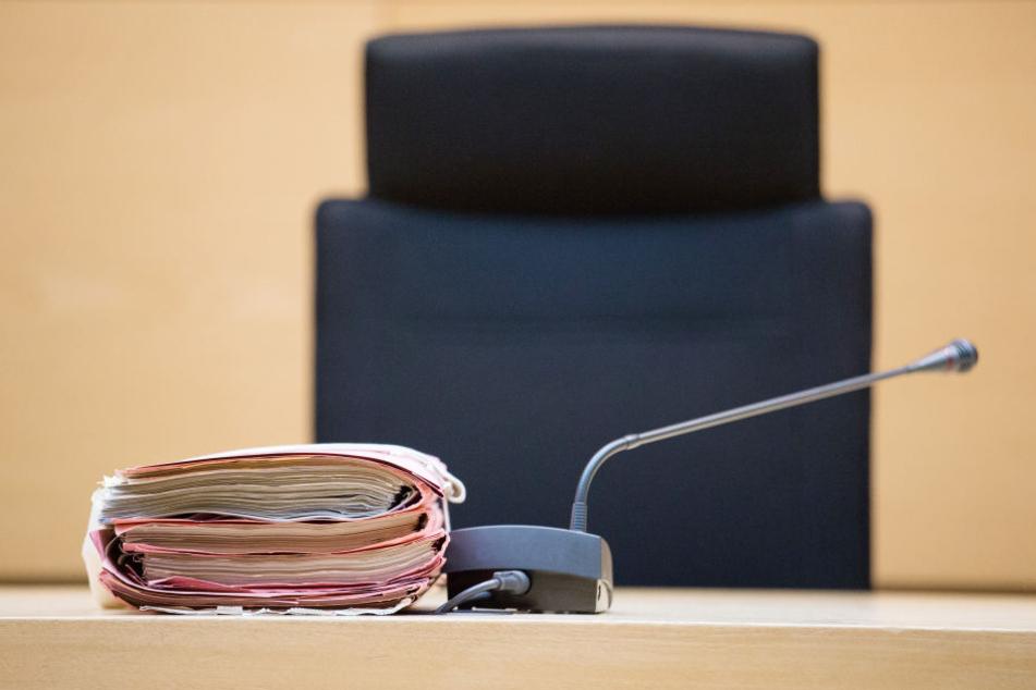 Fünf Bewerber gab es fpür den Posten des Präsidenten des Landessozialgerichts, doch der Stuhl bleibt vorerst leer. (Symbolbild)
