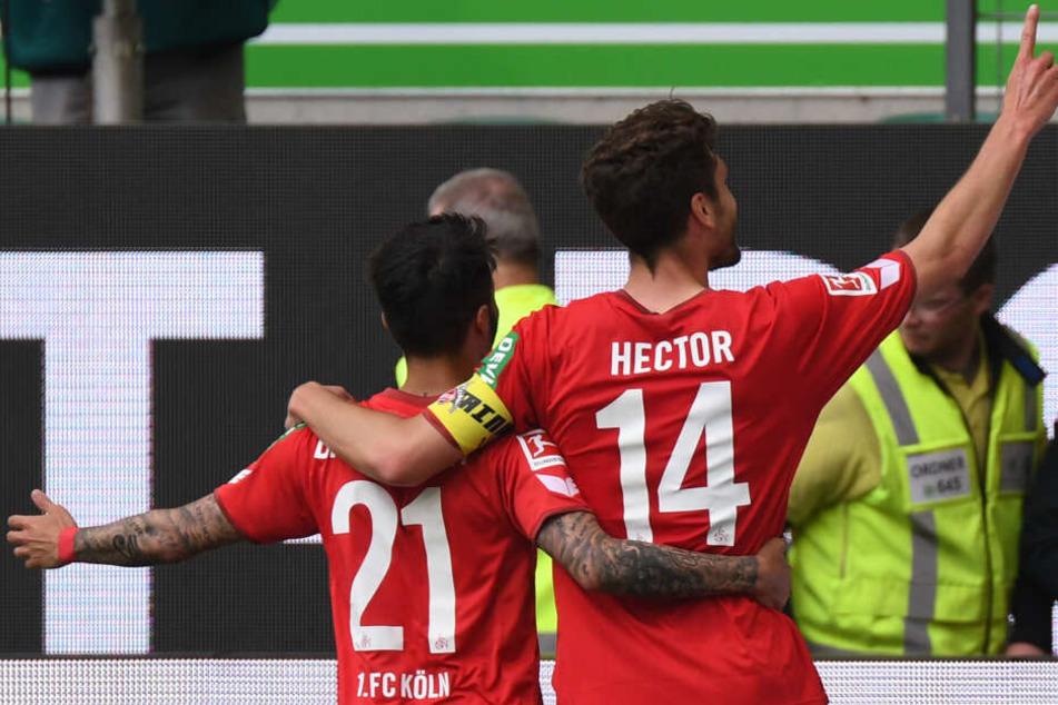 Jonas Hector bejubelt seinen schönen Treffer im Mai 2018 gegen den VfL Wolfsburg.
