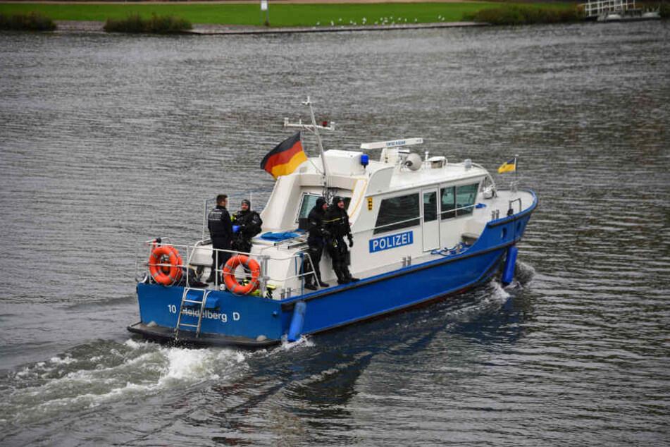 Seit Tagen wird der Neckar auf der Suche nach dem Vermissten durchsucht.
