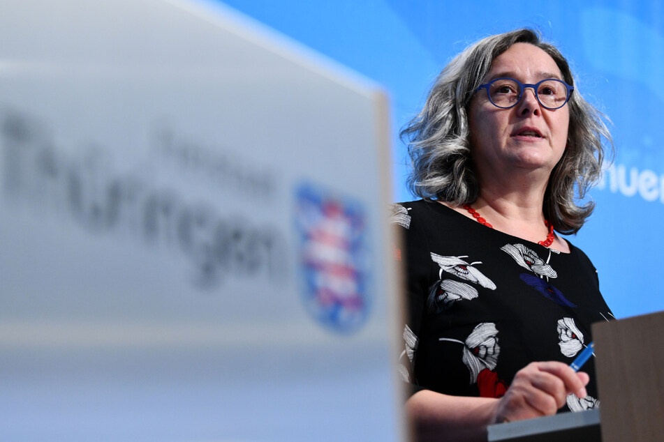 Thüringens Gesundheitsministerin Heike Werner (52, Linke) stellt am heutigen Dienstag einen Plan vor, wie es mit den Corona-Impfungen weitergehen soll.