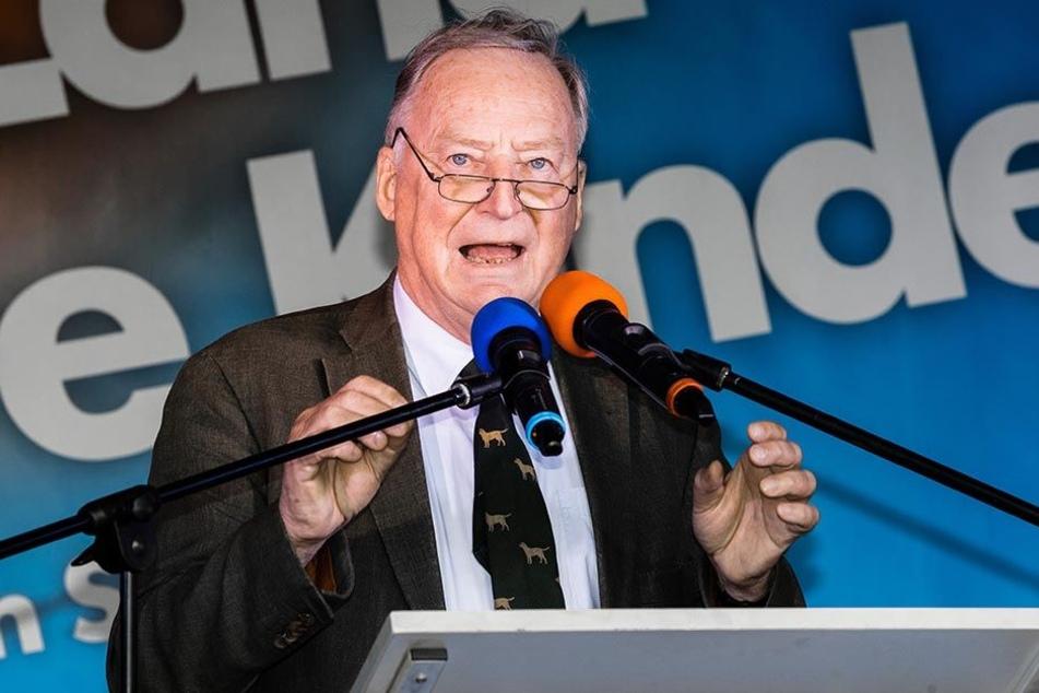 AfD-Vize Gauland nahm bei der Auftaktveranstaltung des Bundestagswahlkampf der AfD kein Blatt vor den Mund.