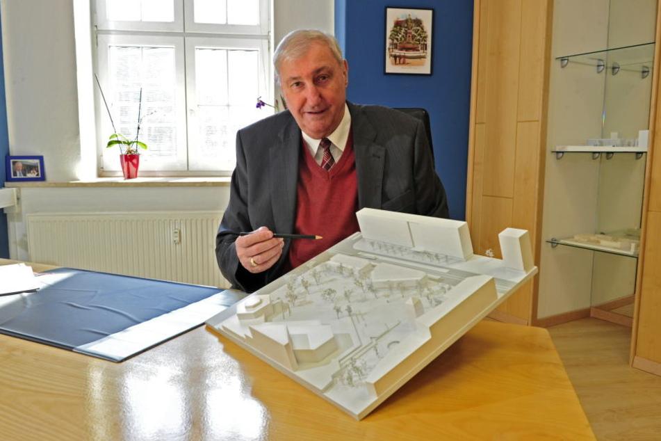 Bauunternehmer Claus Kellnberger (75) hat viele Pläne für eine Innenstadtbebauung, hüllt sich zur Parteisäge aber in Schweigen.
