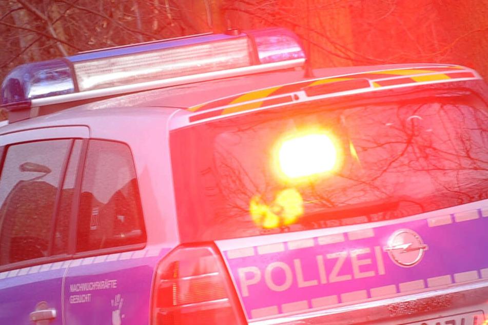 Audi-Fahrer brettert mit 190 Sachen über Bundesstraße