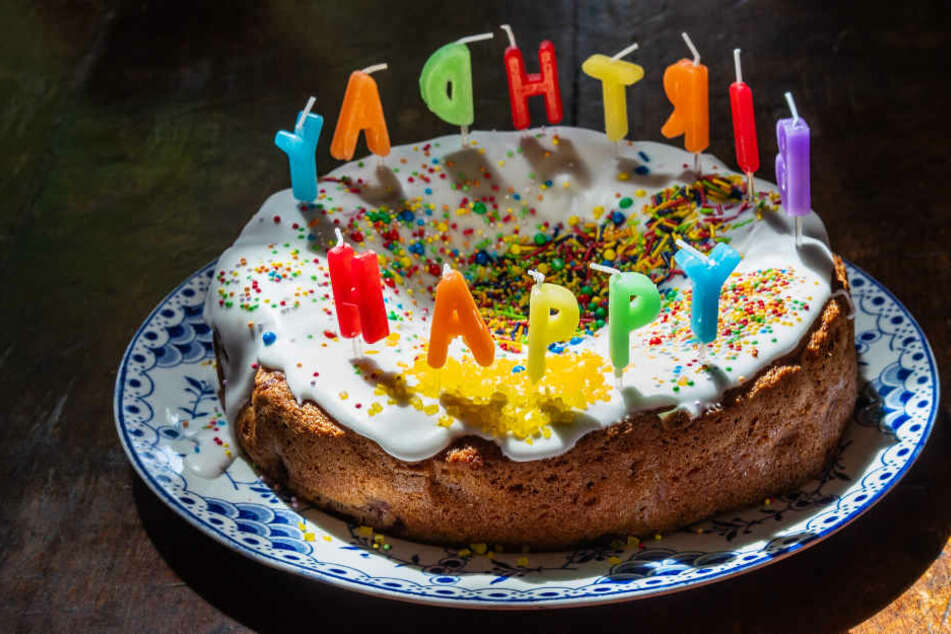 In einem Geburtstagskuchen befand sich vermutlich Rauschgift. (Symbolbild)