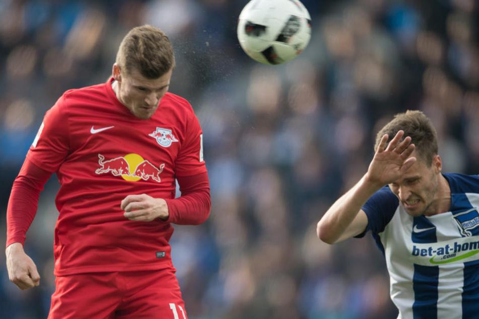 Beim 4:1-Sieg im Olympiastadion traf Timo Werner (l.) per Kopf zum zwischenzeitlichen 1:0.