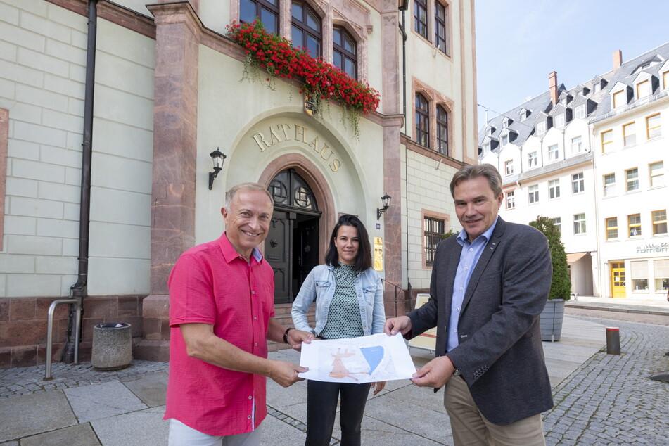 Stolz präsentiert Mittweida die Alternative zum Stadtfest - hier mit Organisator Frank Schleußing (65, l.), Sprecherin Francis Pohl (37) und Oberbürgermeister Ralf Schreiber (59, CDU).