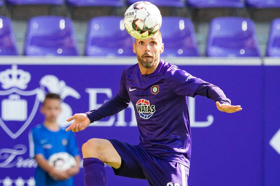 Christian Tiffert wird nicht länger für den FC Erzgebirge spielen, wechselt zum Halleschen FC in die 3. Liga.