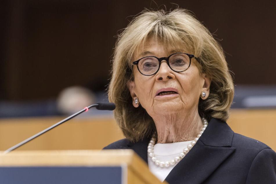 Präsidentin der Israelitischen Kultusgemeinde München und Oberbayern, Charlotte Knobloch, sieht Handlungsbedarf bei der Bundesregierung.