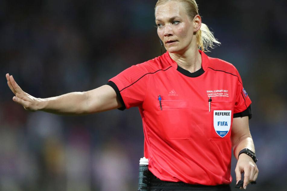 Bibiana Steinhaus hatte bei der Partie des FC Bayern München das Sagen. (Archivbild)