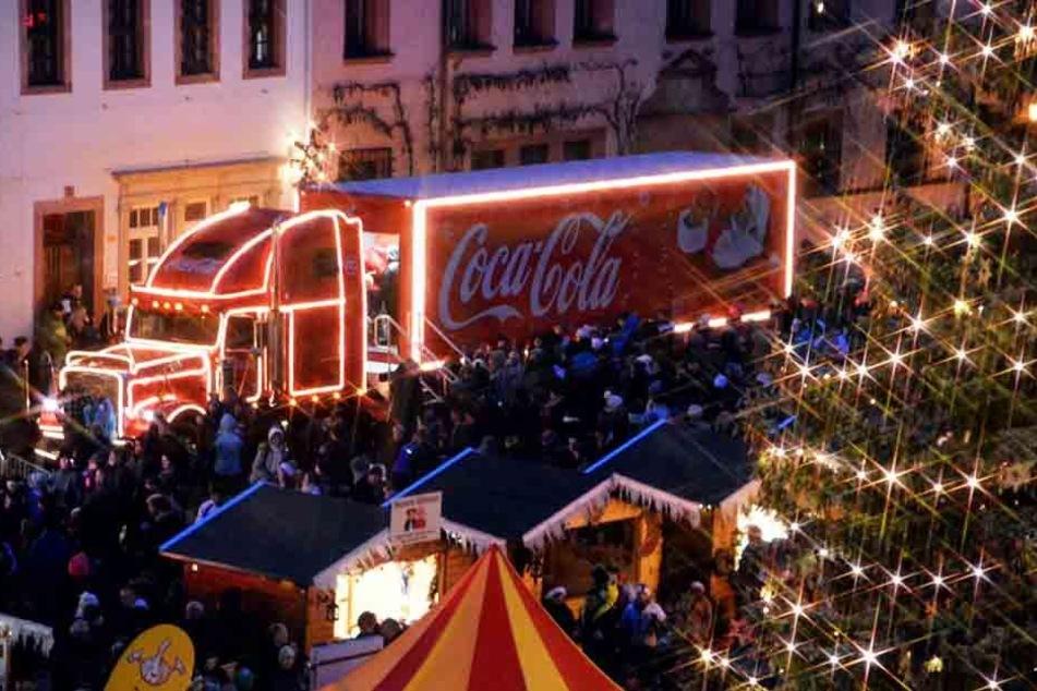 Coca-Cola-Trucktour in Sachsen versüßt Hunderten den Advent