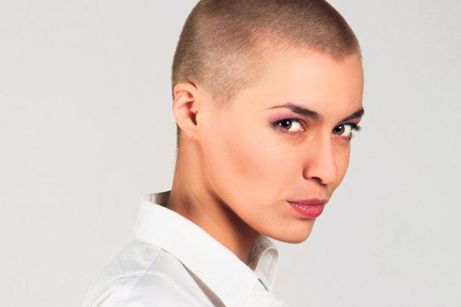 Für den Dreh in Dresden Ende September werden noch Komparsen gesucht - unter  anderem Frauen, die sich eine Glatze  rasieren lassen.