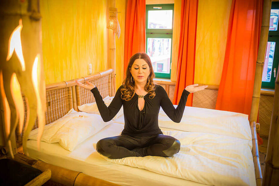 Zora Schwarz - die Ruhe in Person - im Backstage Hotel.