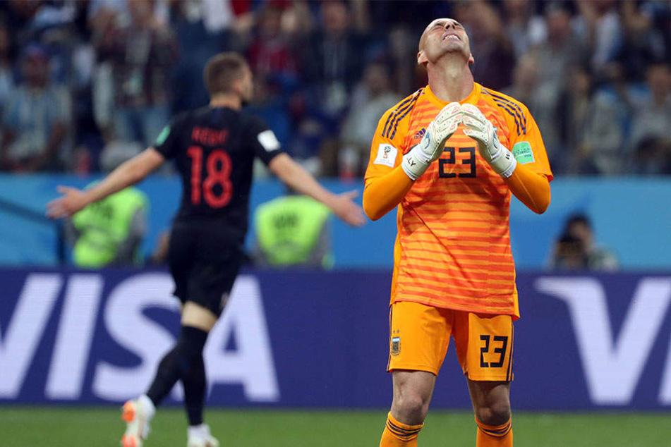 Argentiniens Torhüter Wilfredo Caballero (36) musste im Spiel gegen Kroatien dreimal hinter sich greifen.