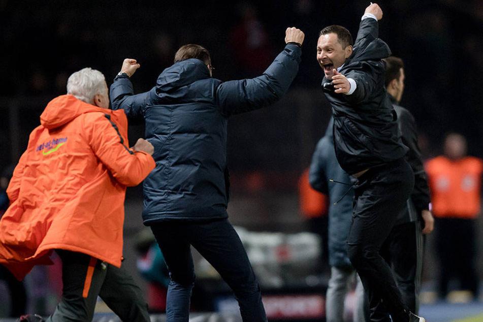 Wollen gegen Darmstadt wieder jubeln: Trainer Pal Dardai (r), Manager Michael Preetz (M), Teammanager Nello di Martino (l).
