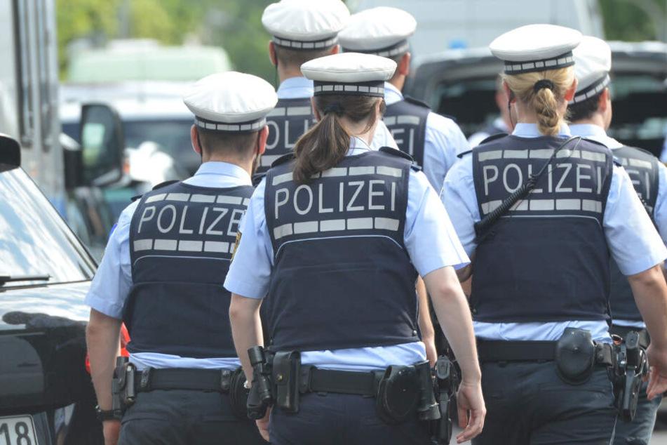 Polizeieinsätze: Unbekannter droht Hotels und Krankenhäusern am Telefon