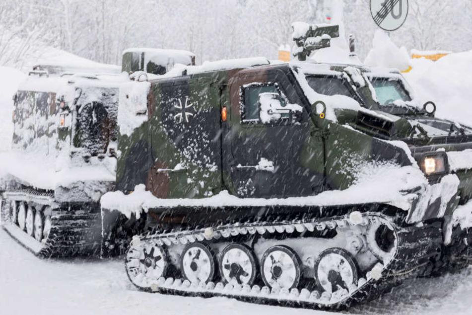 Katastrophenfall in Bayern! Nur Militärfahrzeuge der Bundeswehr kommen durch