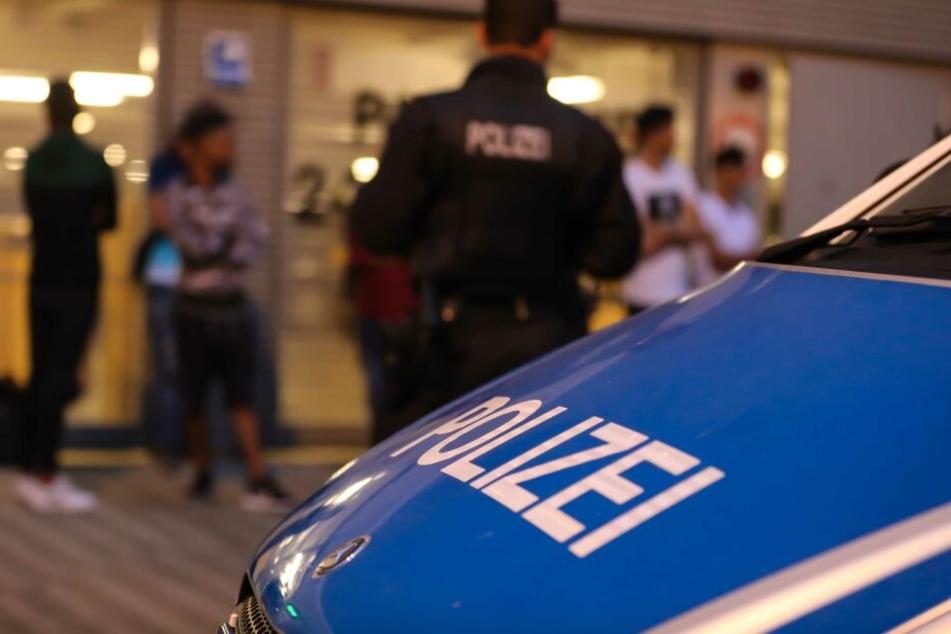 Schlag gegen Scheinehen! Riesen-Razzia mit 550 Beamten in Deutschland