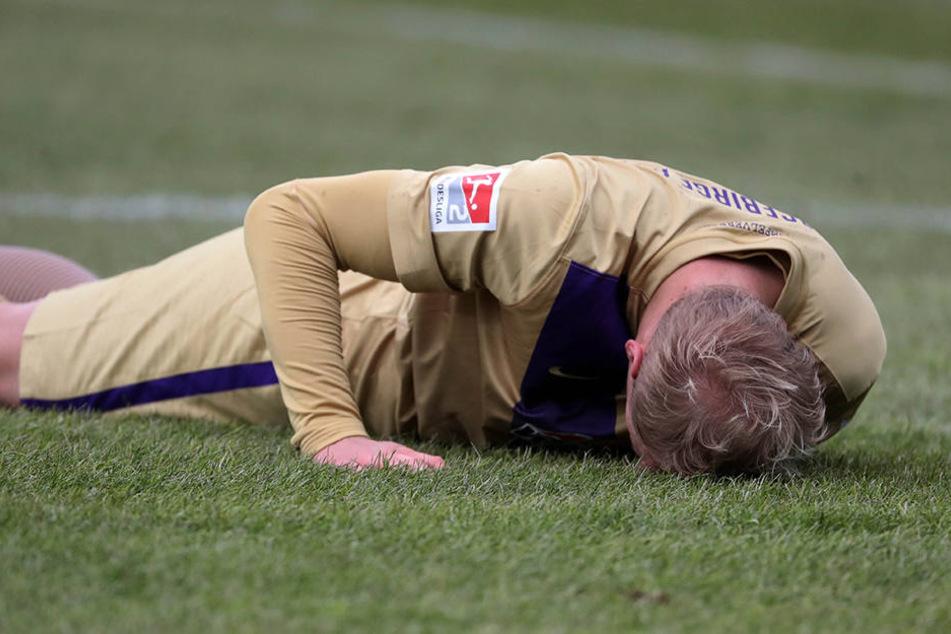 Sören Betram musste schon in der 12. Minute verletzt raus. Für ihn kam Ridge Munsy ins Spiel