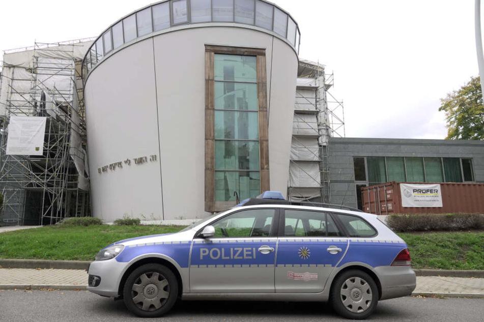 Nach dem Anschlag in Halle wollen sich Juden in Chemnitz mit einem Zaun um die Neue Synagoge besser schützen.