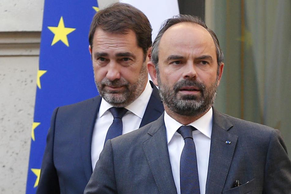Edouard Philippe (vorne), Premierminister von Frankreich, und Christophe Castaner, neuer Innenminister von Frankreich.