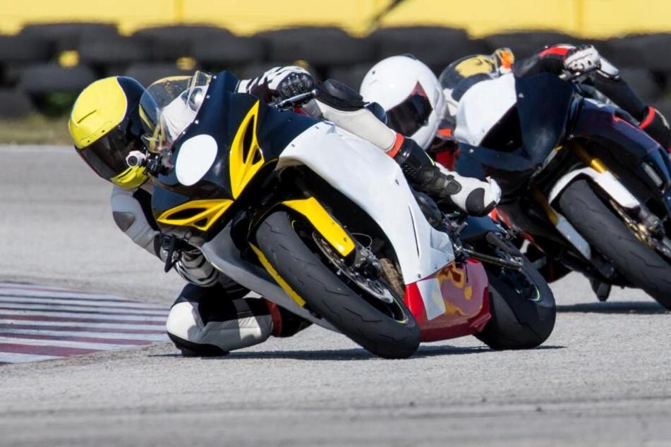 Der tragische Unfall geschah bei einem Motorradrennen der IDM am Samstag in Oschersleben (Symbolbild).