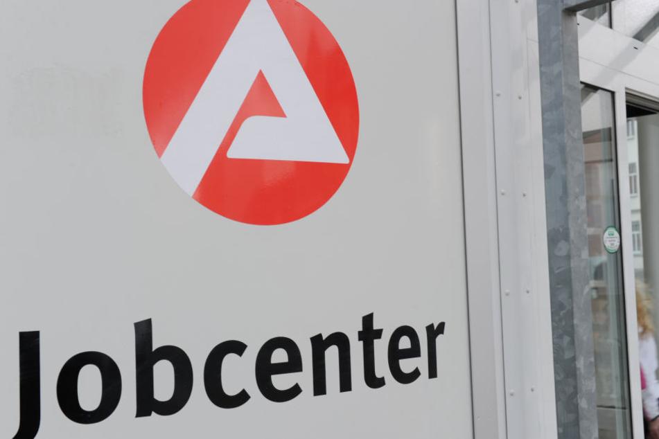Die Arbeitslosenquote ist erneut gesunken, qualifizierte Fachkräfte sind gefragt.